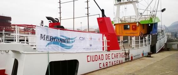 Barco pesquero restaurado