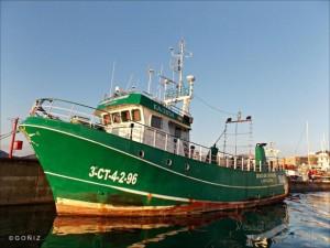 Barco pesquero sin restaurar